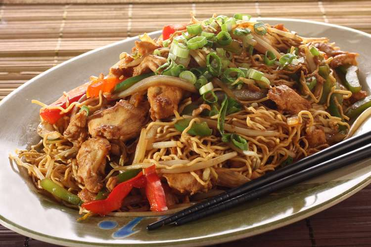 Chicken with chow mein noodles