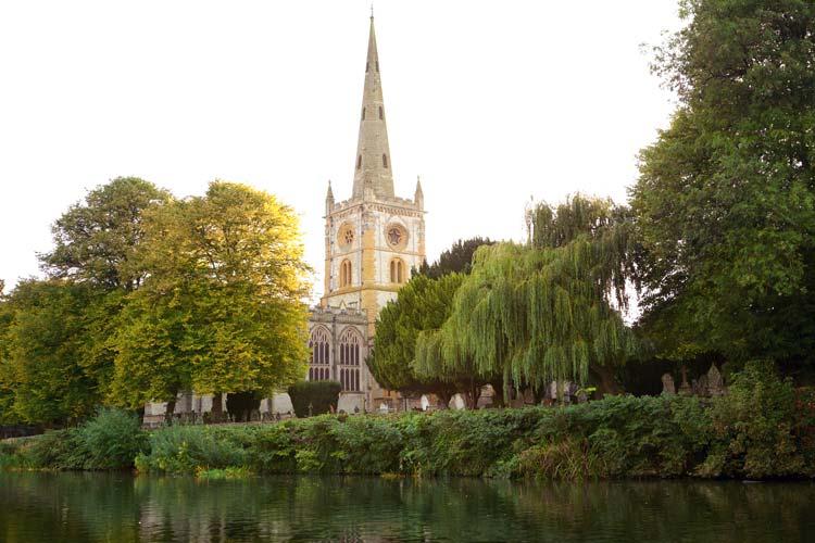 Holy Trinity Church graveyard in Warwickshire, England