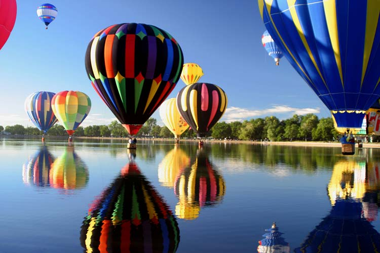 Hot air balloons in Colorado Springs, USA