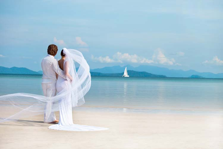 Why you should marry a traveler