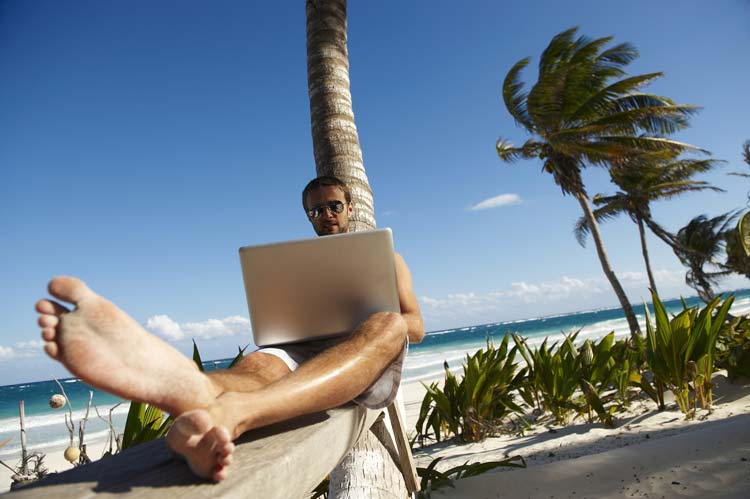25 Jobs for Travelers