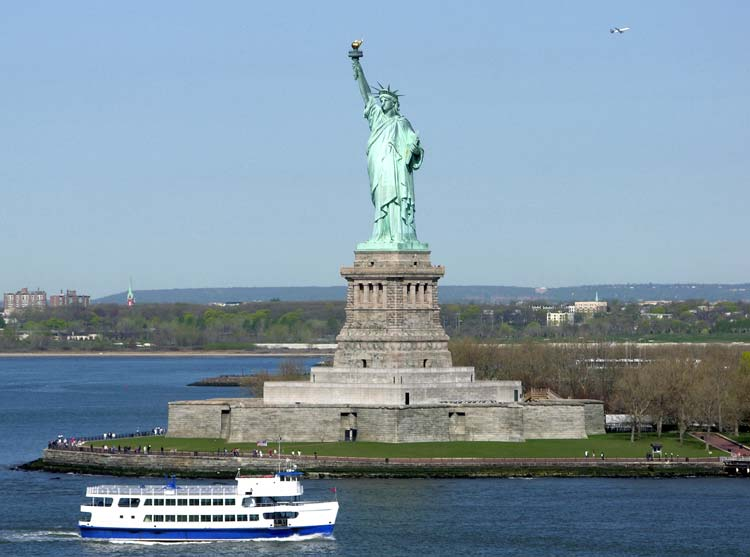 Get to the Statue of Liberty by Ferry