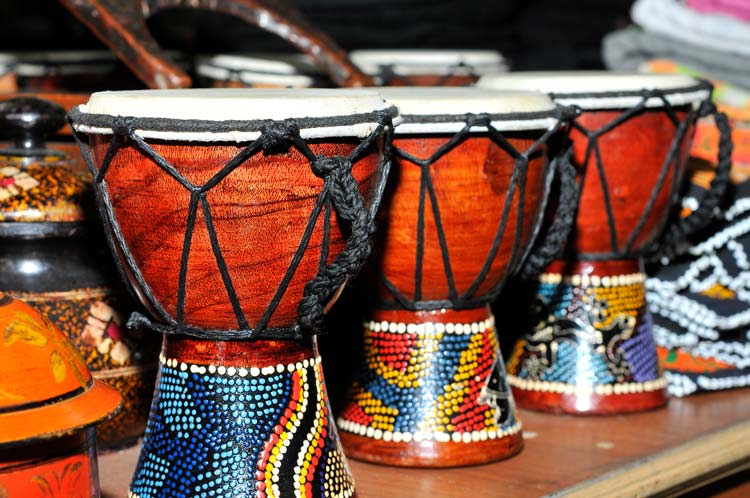 Play Djembe on your travels
