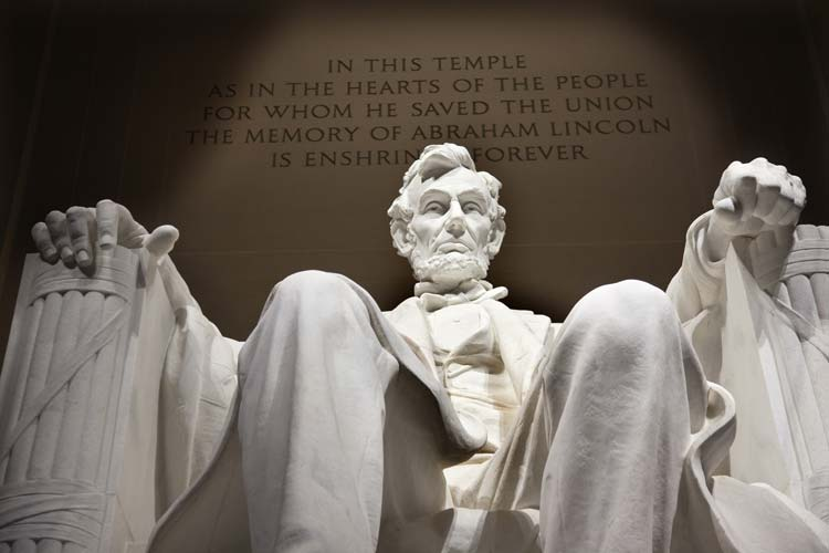 Come And See The Mighty Lincoln Memorial