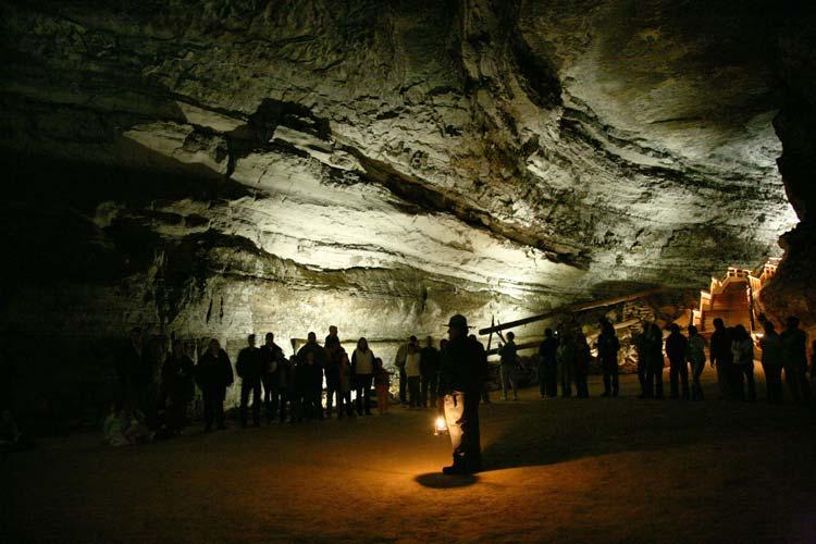 Tour Mammoth Cave Kentucky