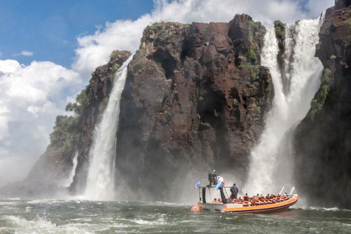 iguazu boat