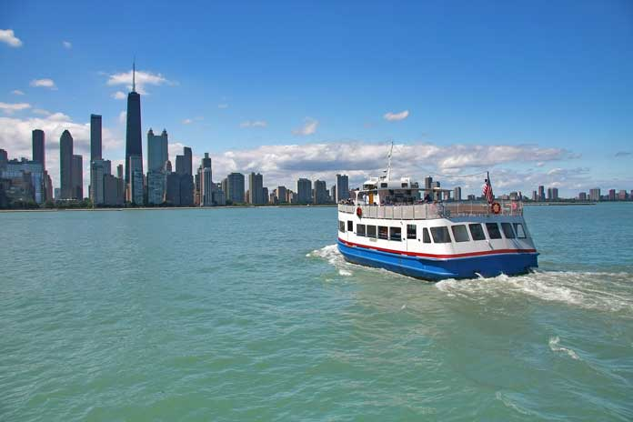 Cruise the Chicago River
