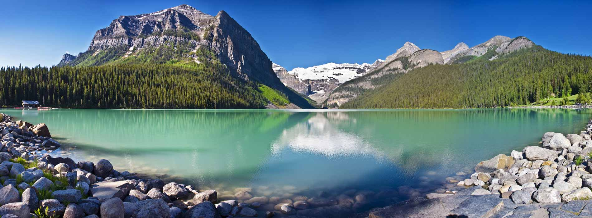 Banff National Park has beautiful scenery you need to see