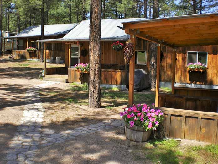 Geronimo Trail Guest Ranch Accommodation