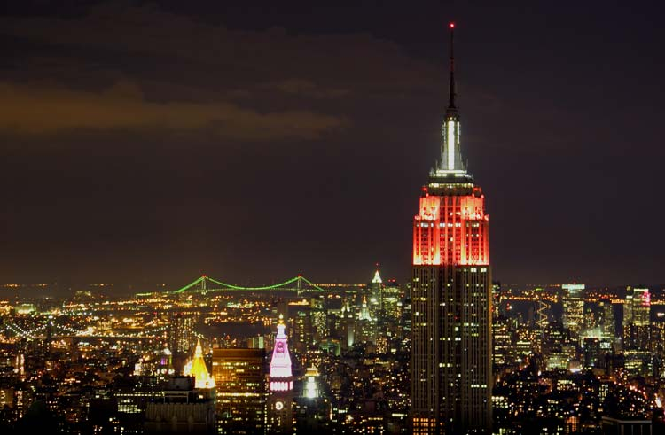 Amazing-Lights-Of-the-Empire-State-Building