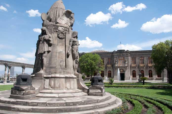 chapultepec-castle