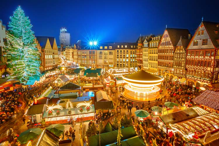 Christmas-market-in-Frankfurt-Germany