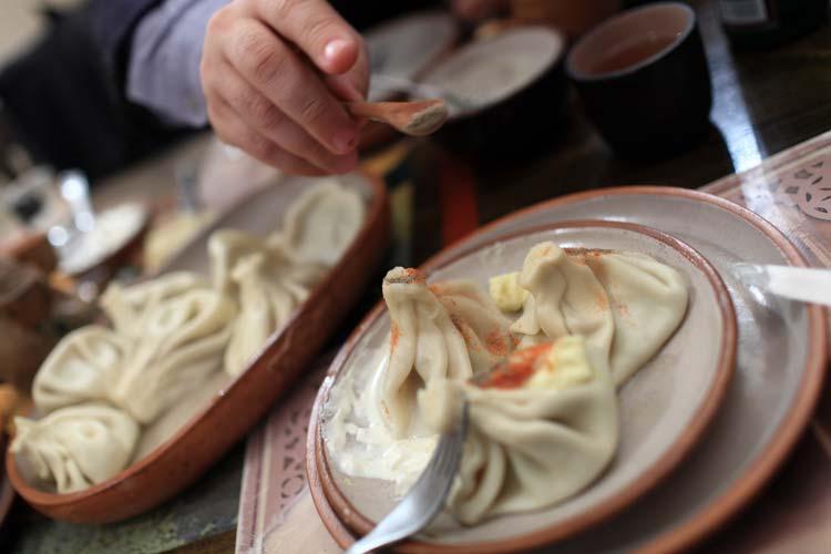 Khinkali-Fampus-Georgian-Dish