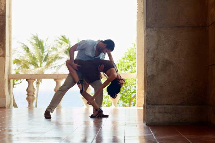 Latin American Couple Dancing Slasa