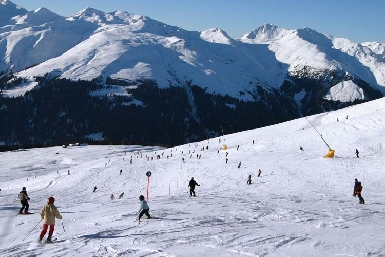Skiing-in-Switzerland