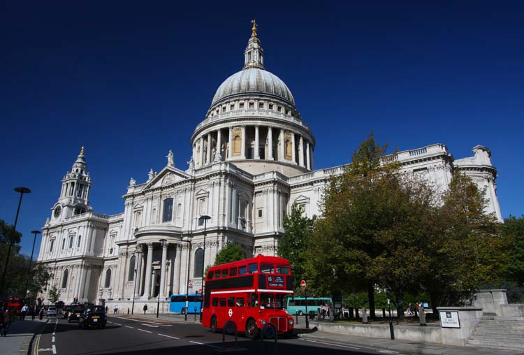 St_-Pauls-Cathedral-London-England