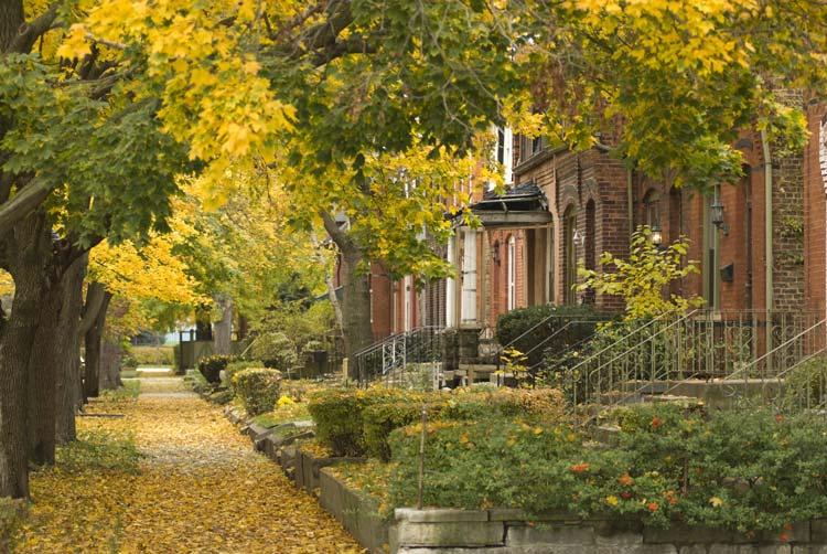 Suburban-Neighborhood-South-Side-Chicago-USA