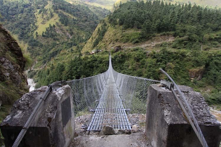 The-Hanging-Bridge-of-Ghasa-Nepal