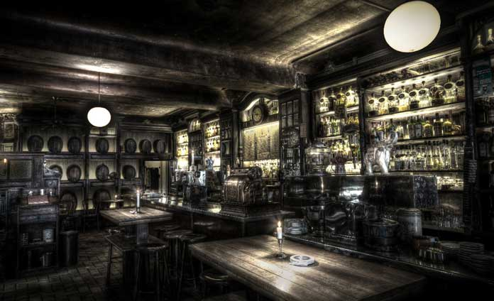Wilhelm Hoeck 1892, Old and Atmospheric Pub in Berlin, Germany